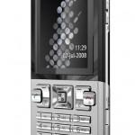 Sony Ericsson vuelve a la pelea con el T700