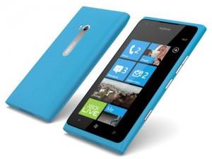 Nokia-lumia900-cyan-300×2251.jpg