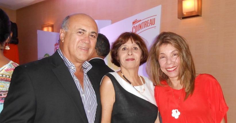 Faustino Gomez, Zila Kulberg y Annie Stolk