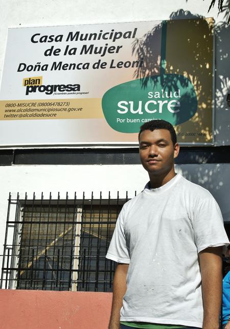 Foto-1–Humberto-Morelo—Becado-de-Superate-y-Progresa-apadrinado-por-Pfizer