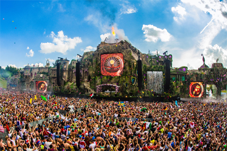 Tomorrowland-2013-5-thumb