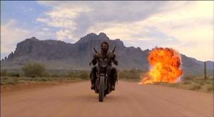 Ten especial cuidado con los motociclistas.