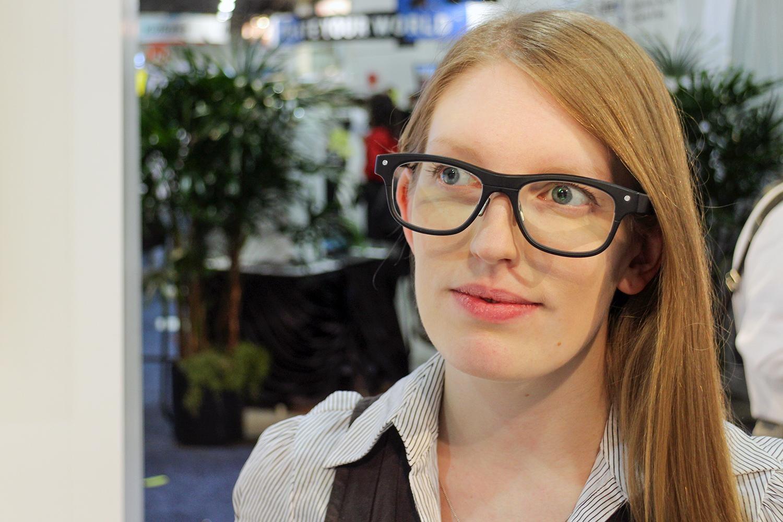 jins-meme-smartglasses-1500×1000.jpg