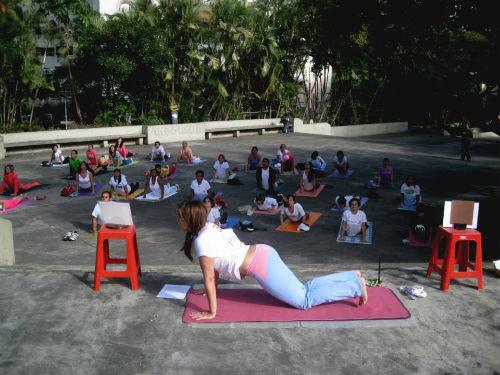 mary-yoga-3-(2)