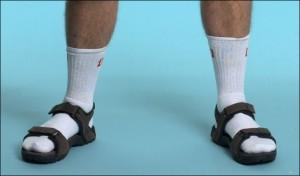 Una de las peores: sandalias con medias