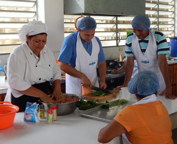 Curso-de-Cocina-Mabe-para-comunidades